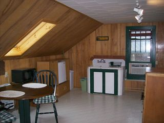 613 Cabin kitchen